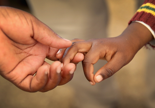 Hand「Bringing Hearing To The Children Of Lesotho」:写真・画像(4)[壁紙.com]
