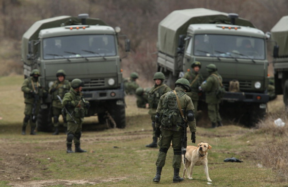 Russian Military「Concerns Grow In Ukraine Over Pro Russian Demonstrations In The Crimea Region」:写真・画像(19)[壁紙.com]