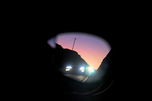 California State Route 1「Bright lights in rear view mirror at dusk」:スマホ壁紙(0)