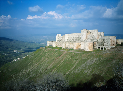2002「Syria, Krak des Chevaliers, fortress on hilltop」:スマホ壁紙(6)