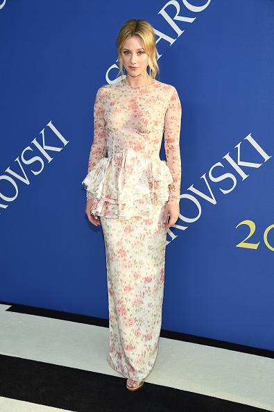 Lili Reinhart「2018 CFDA Fashion Awards - Arrivals」:写真・画像(15)[壁紙.com]