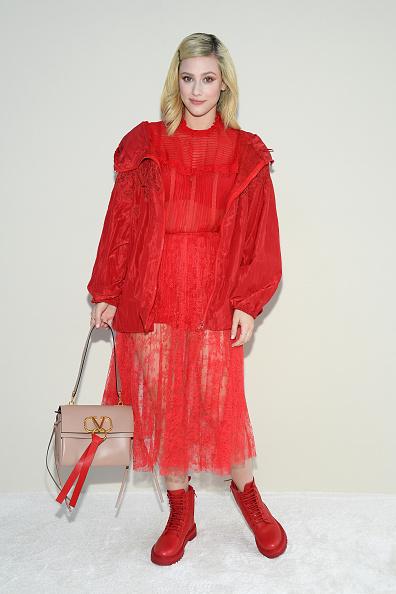 Lili Reinhart「Valentino : Front Row - Paris Fashion Week Womenswear Fall/Winter 2019/2020」:写真・画像(17)[壁紙.com]