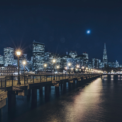 スクエア「ピア数 7、米国からサンフランシスコの街のスカイラインを表示します。」:スマホ壁紙(10)