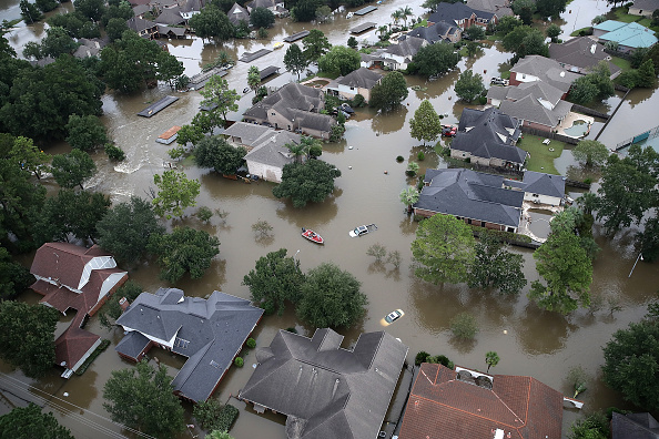 High Angle View「Epic Flooding Inundates Houston After Hurricane Harvey」:写真・画像(11)[壁紙.com]