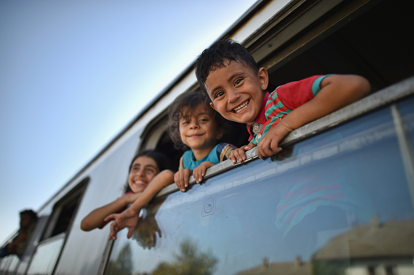 Smiling「Chaos Surrounds The Migrant Crisis As Croatia Struggles To Cope With The Numbers」:写真・画像(1)[壁紙.com]