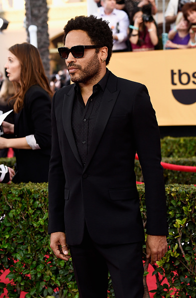 膝から上の構図「21st Annual Screen Actors Guild Awards - Arrivals」:写真・画像(18)[壁紙.com]
