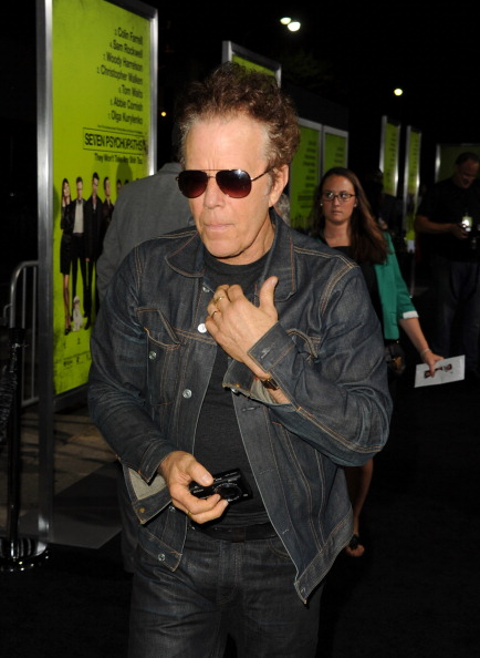 トム ウェイツ「Premiere Of CBS Films' 'Seven Psychopaths' - Red Carpet」:写真・画像(13)[壁紙.com]