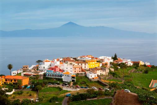 Atlantic Islands「Agulo town and vulcano Teide, Canary Islands」:スマホ壁紙(14)