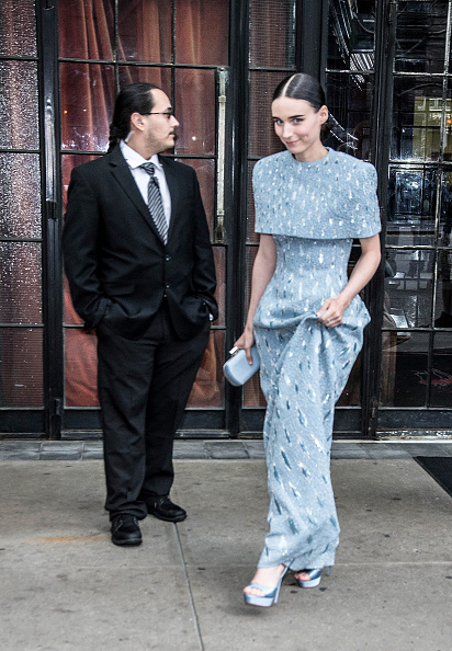 Rooney Mara「Heavenly Bodies: Fashion & The Catholic Imagination Costume Institute Gala - Sightings」:写真・画像(16)[壁紙.com]