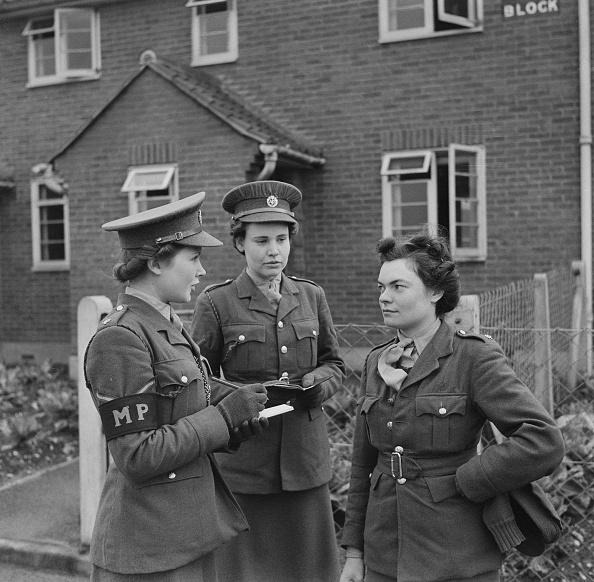 British Military「Youngest Military Policewoman」:写真・画像(17)[壁紙.com]