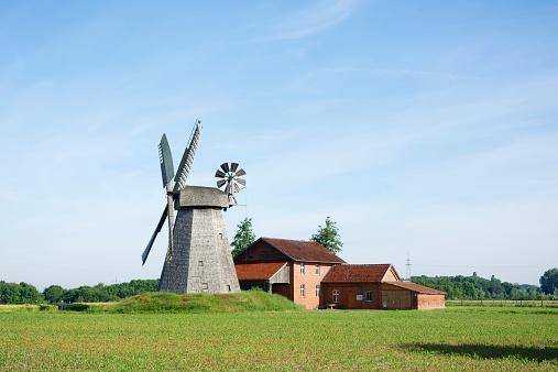 Tradition「Germany, North Rhine-Westphalia, Petershagen, Petershagen-Bierde, Smock mill」:スマホ壁紙(16)
