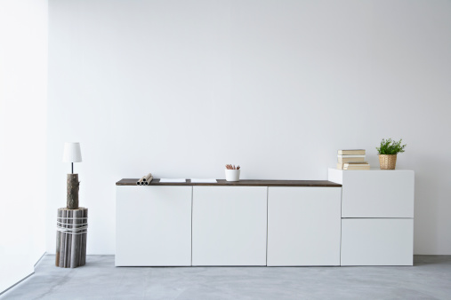 White Color「Germany, North Rhine Westphalia, Interior of home office」:スマホ壁紙(8)
