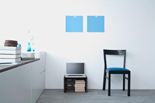 Chair「Germany, North Rhine Westphalia, Interior of home office」:スマホ壁紙(4)