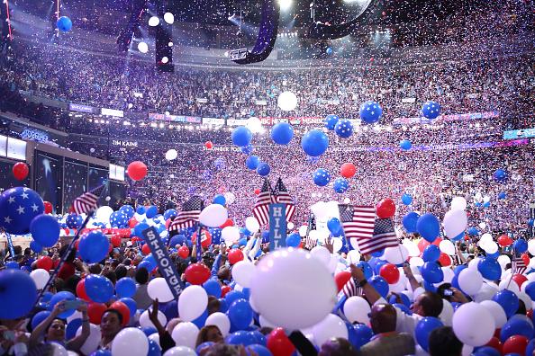 選挙「Democratic National Convention: Day Four」:写真・画像(19)[壁紙.com]