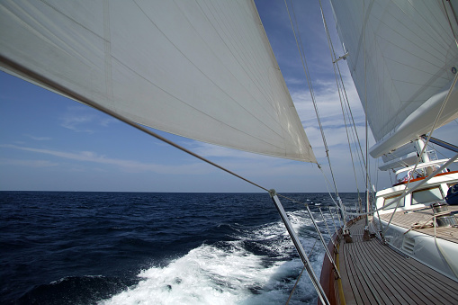 Cruise - Vacation「Sailboat gliding by Regatta, Phuket」:スマホ壁紙(1)