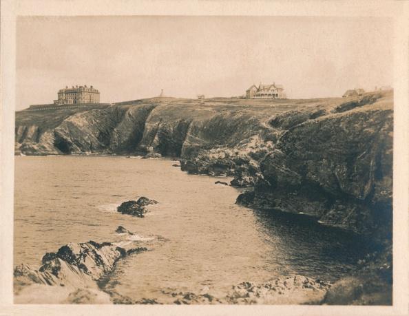 View Into Land「'Beacon Cove - Newquay', 1927.  Artist」:写真・画像(12)[壁紙.com]