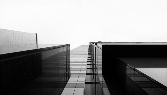 Tall - High「Looking up at a glass skyscraper」:スマホ壁紙(19)