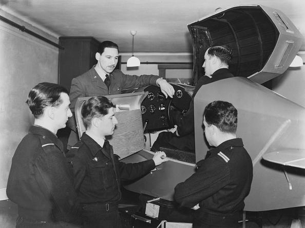 Instructor「Trainee Pilots」:写真・画像(17)[壁紙.com]