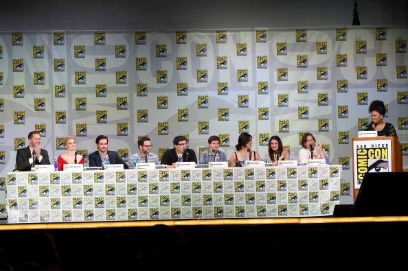 "Emilie De Ravin「ABC's ""Once Upon A Time"" Panel - Comic-Con International 2014」:写真・画像(9)[壁紙.com]"