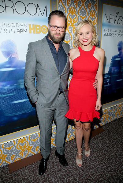 "Horn Rimmed Glasses「Premiere Of HBO's ""The Newsroom"" Season 3 - Red Carpet」:写真・画像(3)[壁紙.com]"