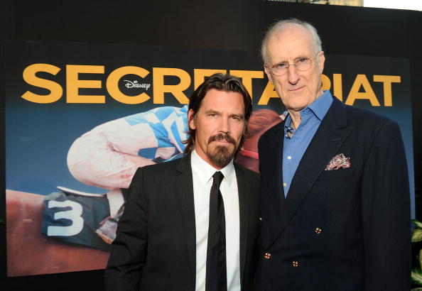 "El Capitan Theatre「Premiere Of Walt Disney Pictures' ""Secretariat"" - Red Carpet」:写真・画像(14)[壁紙.com]"
