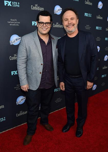 Billy Crystal「Premiere Of FX's 'The Comedians' - Red Carpet」:写真・画像(11)[壁紙.com]