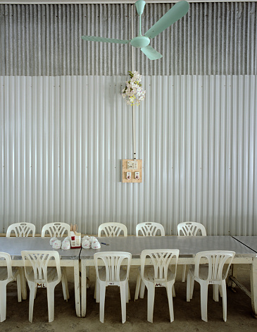 Ceiling Fan「Tables and chairs set with chop sticks and bowls at the Perfume Pagoda」:スマホ壁紙(5)