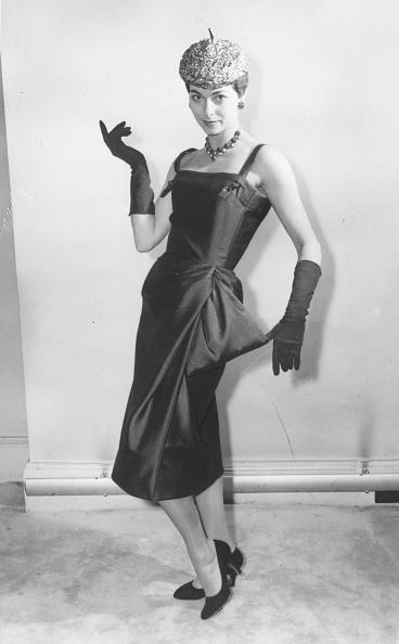 Fashion Collection「Sack Line Dress」:写真・画像(9)[壁紙.com]
