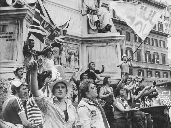 Fan - Enthusiast「Liverpool Fans In Rome」:写真・画像(10)[壁紙.com]