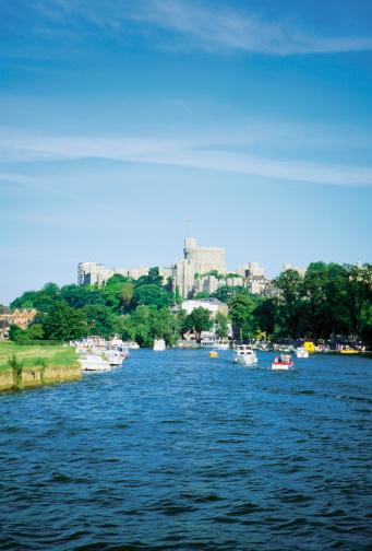 Castle「Boats on River Thames near The Windsor Castle, Windsor, England」:スマホ壁紙(17)