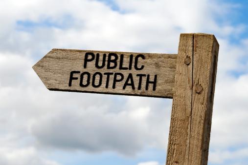 Wooden Post「Wooden public footpath sign」:スマホ壁紙(9)