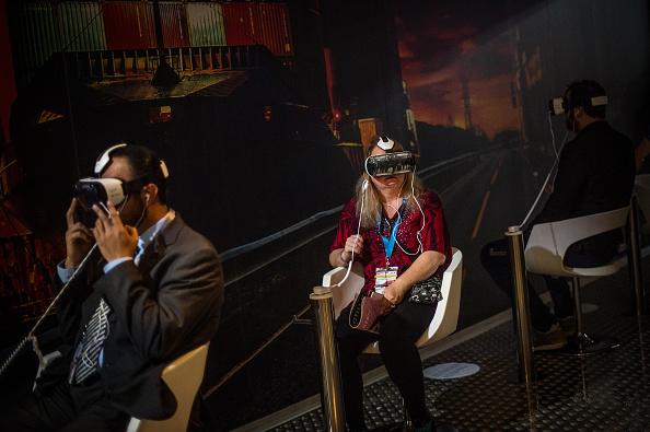 Corporate Business「Mobile World Congress 2015 - Day 2」:写真・画像(1)[壁紙.com]