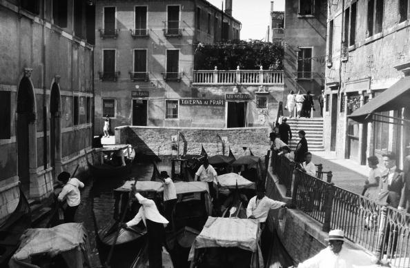 Exoticism「Gondola traffic jam」:写真・画像(4)[壁紙.com]