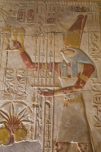 Undertaker「Bas-relief of the god Horus, Temple of Seti I」:スマホ壁紙(15)