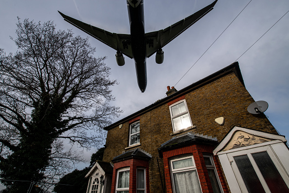 Heathrow Airport「Court Rules On Controversial Third Runway For Heathrow」:写真・画像(2)[壁紙.com]