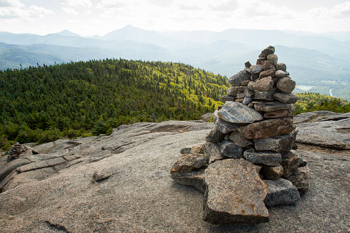 Adirondack Mountains「Trail Marker to Cascade Mountain」:スマホ壁紙(10)
