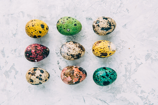 イースター「Multi-colored Easter eggs」:スマホ壁紙(12)