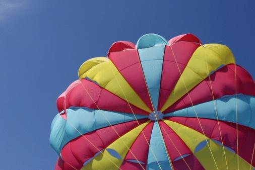Parasailing「Multicolored parachute」:スマホ壁紙(17)