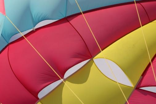 Parasailing「Multicolored parachute」:スマホ壁紙(15)