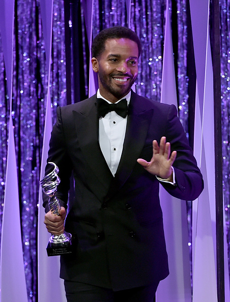 André Holland「18th Costume Designers Guild Awards - Show And Audience」:写真・画像(8)[壁紙.com]