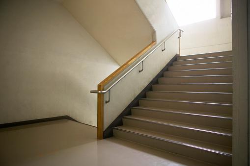 Japan「Staircase at high school, Japan」:スマホ壁紙(18)