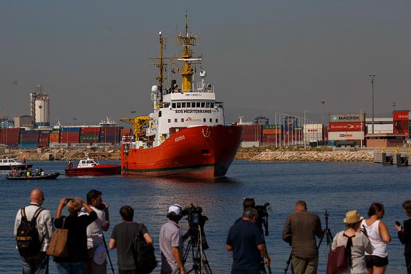 ヒューマンインタレスト「Aquarius Ship Arrives at Valencia Port」:写真・画像(14)[壁紙.com]