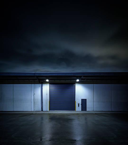 Night Factory:スマホ壁紙(壁紙.com)