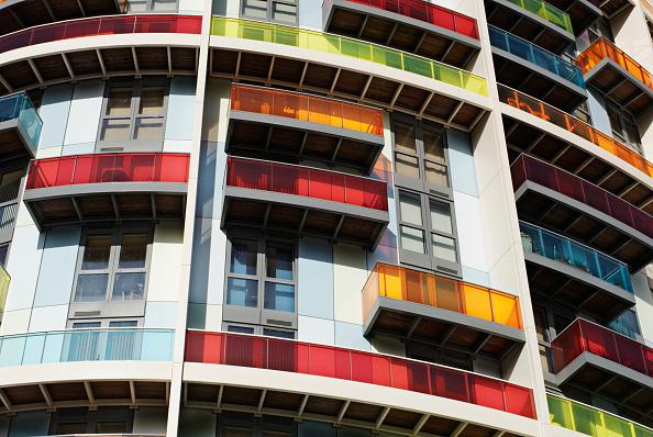 Full Frame「Apartment block, Newham, London, UK, 2008」:写真・画像(6)[壁紙.com]