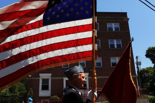 Patriotism「Memorial Day Parade Held In Bridgeport, Connecticut」:写真・画像(4)[壁紙.com]