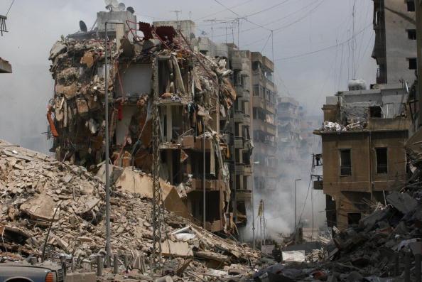 Destruction「Beirut Buildings Destroyed By Attacks」:写真・画像(10)[壁紙.com]