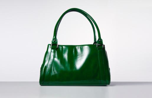 Green Color「Green handbag」:スマホ壁紙(5)
