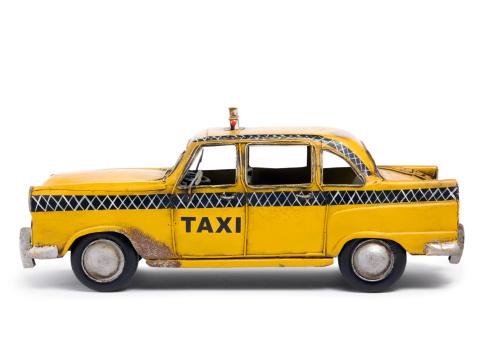 Rusty「Tin toy taxi car」:スマホ壁紙(12)