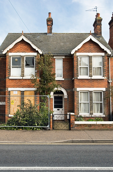 Facade「Edwardian house under renovation, Colchester, Essex, UK」:写真・画像(14)[壁紙.com]