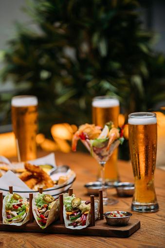Tortilla - Flatbread「Variety of beer snack」:スマホ壁紙(1)